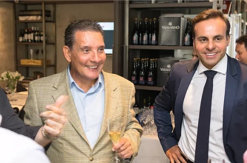 Ricardo Jornada ao lado de Cristiano Cruz no primeiro workshop da One Imóveis de Luxo.